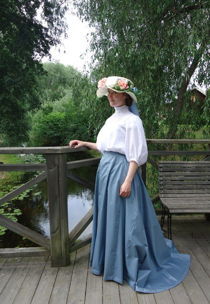 By the stream in Kisa, at 19th century event. Photo: Josefine Antonsson